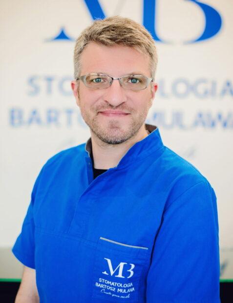 Jakub WIśniewski - Stomatologia Mulawa - Warsazwa Żoliborz